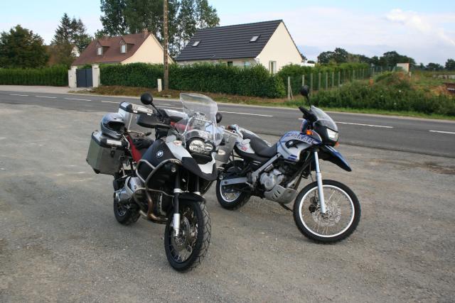 R1200GS Adventure and F650GS Dakar in France